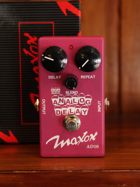 Maxon AD10 Analog Delay Pedal Pre-Owned - The Rock Inn
