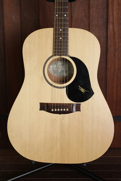 Maton M225 Dreadnought Acoustic Guitar Pre-Owned