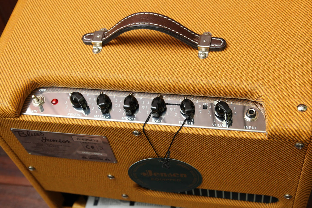 Fender Blues Junior Lacquered Tweed 15W 1x12 Combo - The Rock Inn