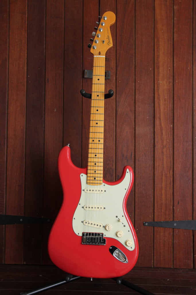Fender American Deluxe Stratocaster 2013 Fiesta Red Pre-Owned