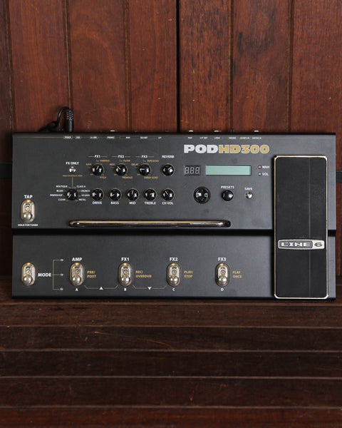 Line 6 POD HD300 Multi-Effects Pedal Pre-Owned