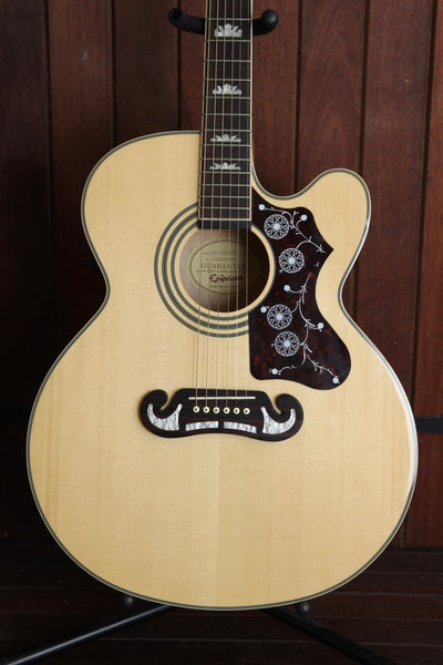 Epiphone EJ-200CE Jumbo Acoustic-Electric Guitar Pre-Owned w/Case