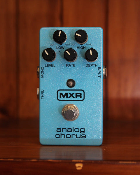 *NEW ARRIVAL* MXR Analog Chorus Pedal Pre-Owned
