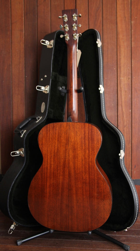 Martin 000-18 Small Body Acoustic Guitar Pre-Owned
