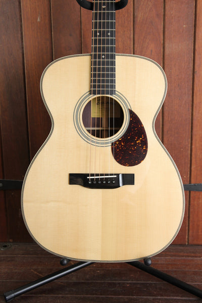 Eastman E20OM Orchestra Model Acoustic Guitar