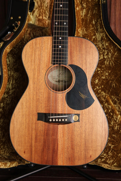Maton EBW808 Blackwood Acoustic-Electric Guitar