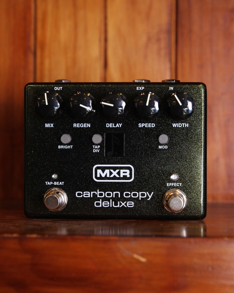MXR Carbon Copy Deluxe Analog Delay with Tap Tempo