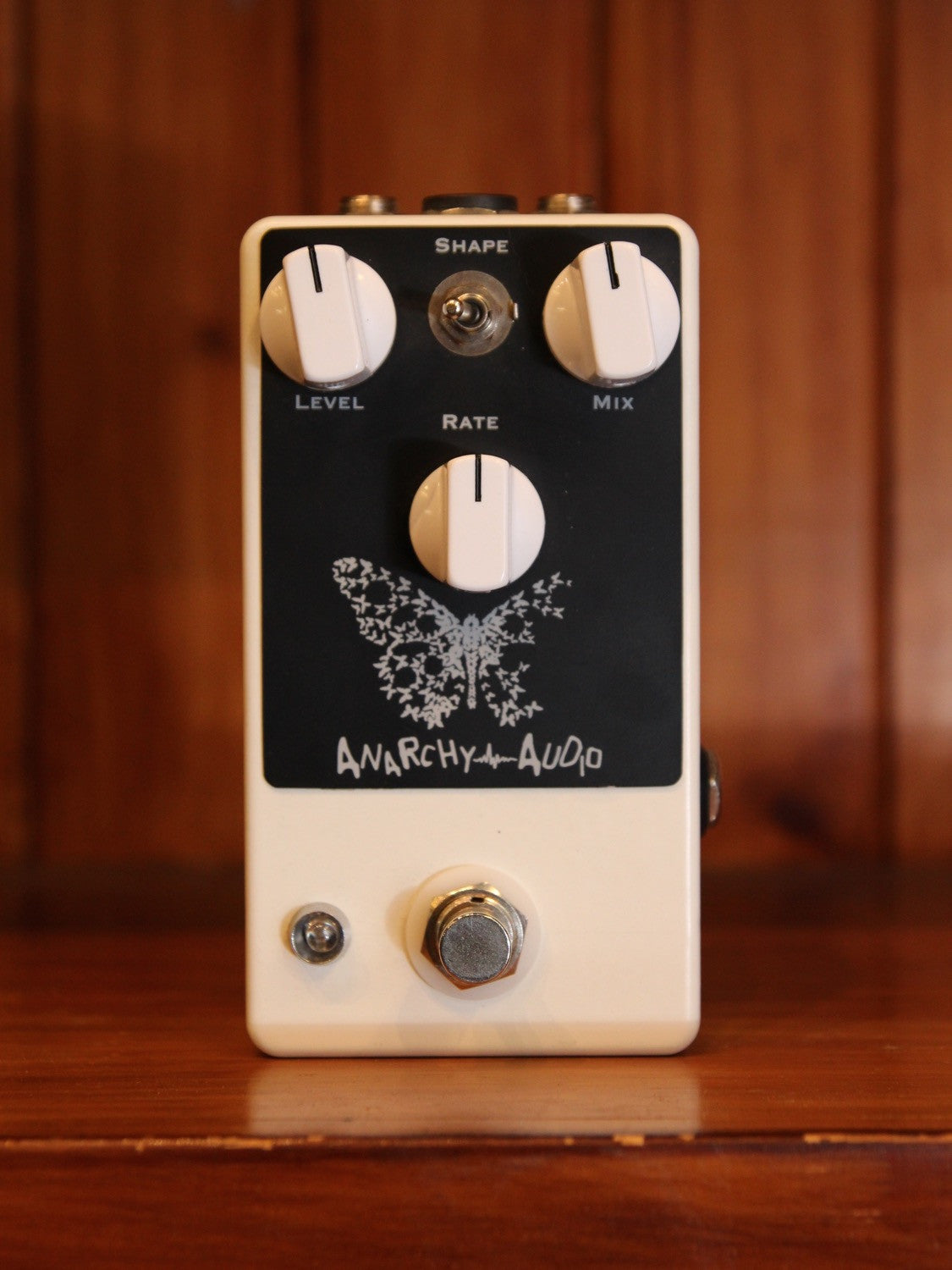 Anarchy Audio Flutterby Tremolo Pedal with Expression