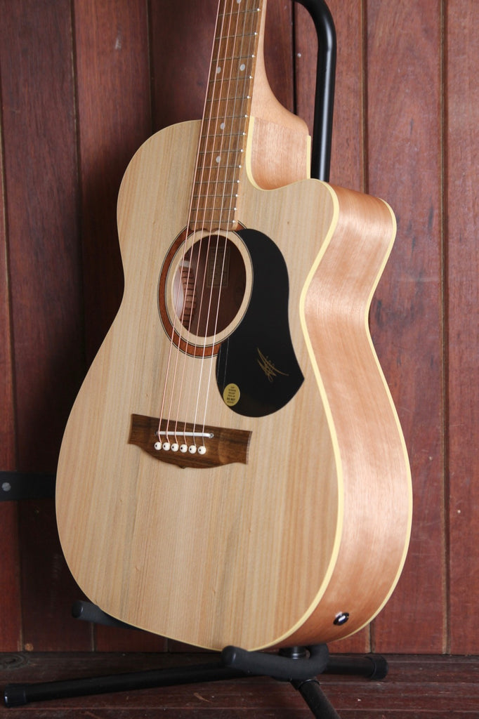 Maton Performer Acoustic-Electric Guitar