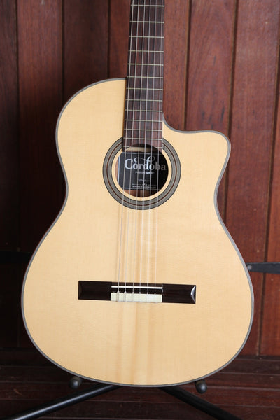 Cordoba Fusion 12 Natural Classical Crossover Nylon String Guitar Pre-Owned