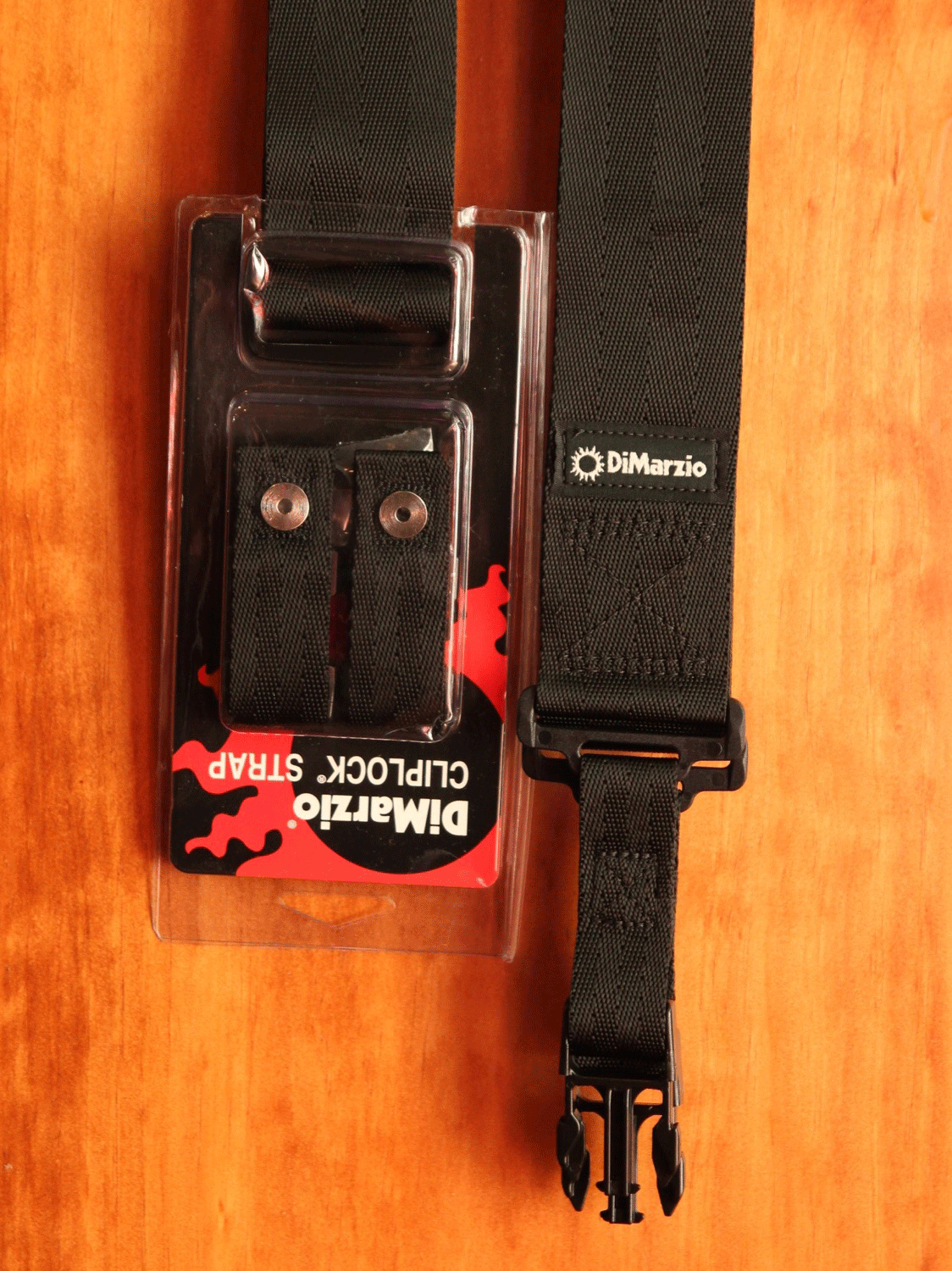 Dimarzio Clip-Lock Quick Release Guitar Strap - The Rock Inn - 1