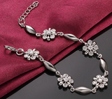 18K White Gold Flower Crystal Bracelet