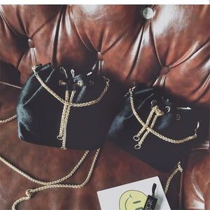 Amity Shoulder Bag With Chain-Look Love Lust