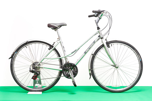 "Gary Fisher Al Fresco Hybrid Bike (18"" frame)"