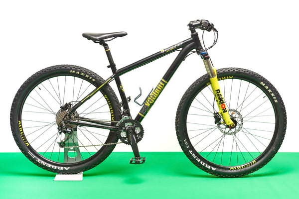 Voodoo Bizango Mountain Bike (Medium)