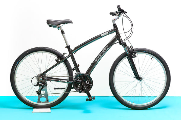 Trek Navigator 2.0 Hybrid Bike (Small)