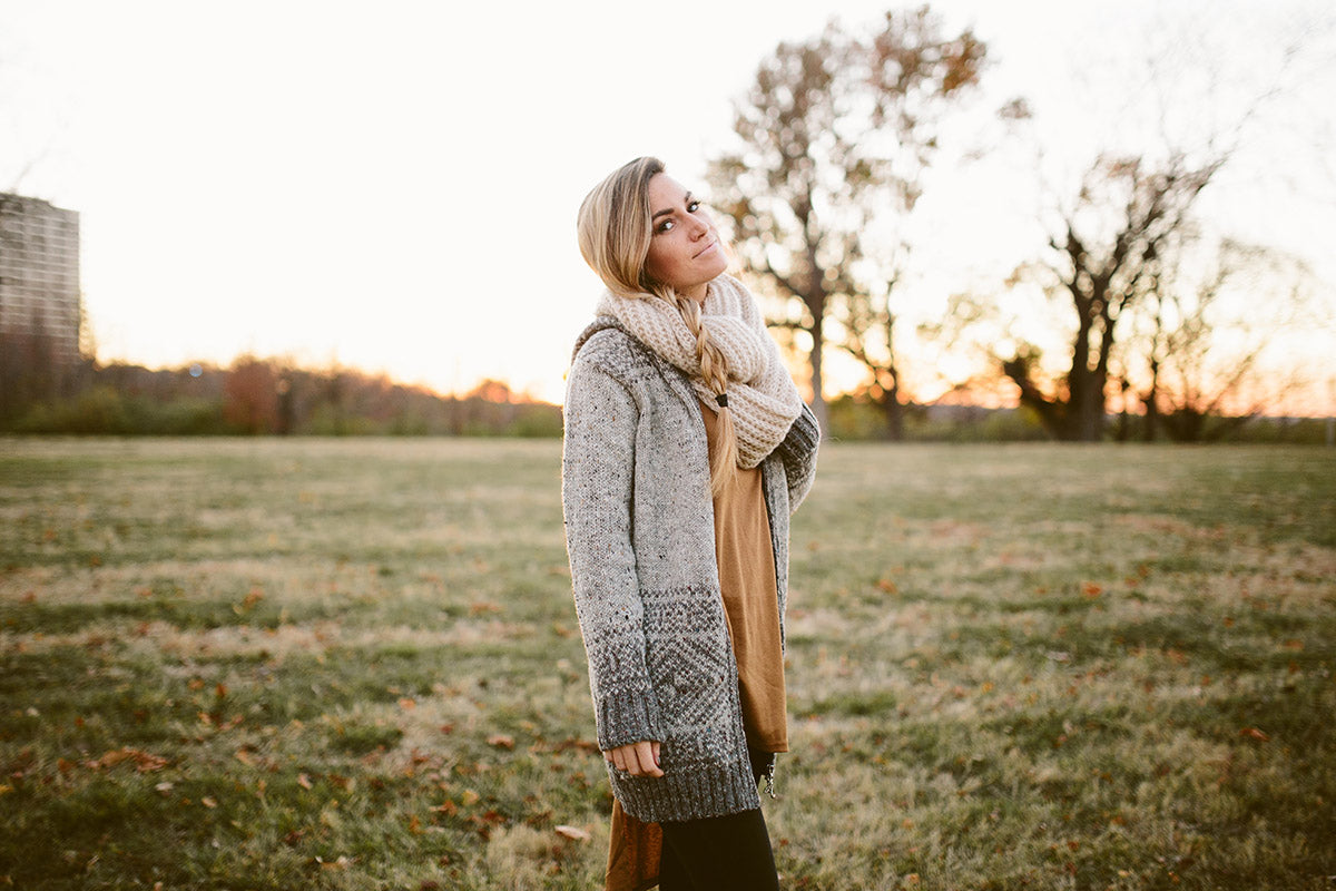 3 Ways to Style a Hooded Sweater: Comfort #knitwear #style #fashion