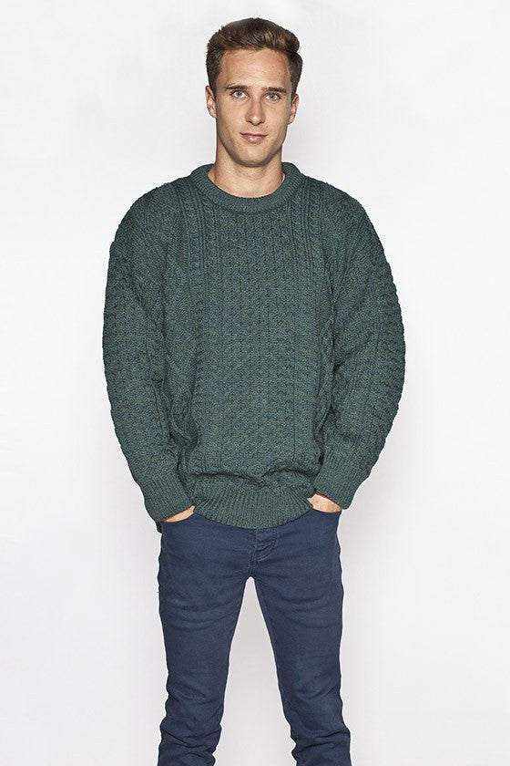 Men's Crew Neck Aran Sweater - Moss Green