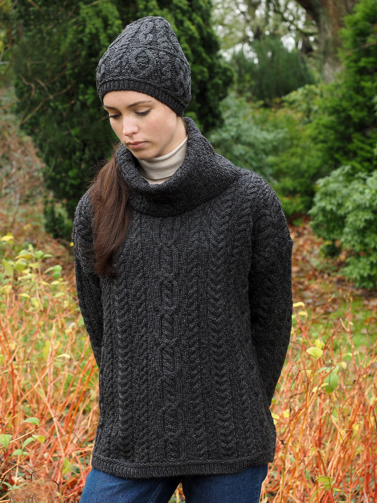 Women's Baggy Aran Sweater - Charcoal Grey