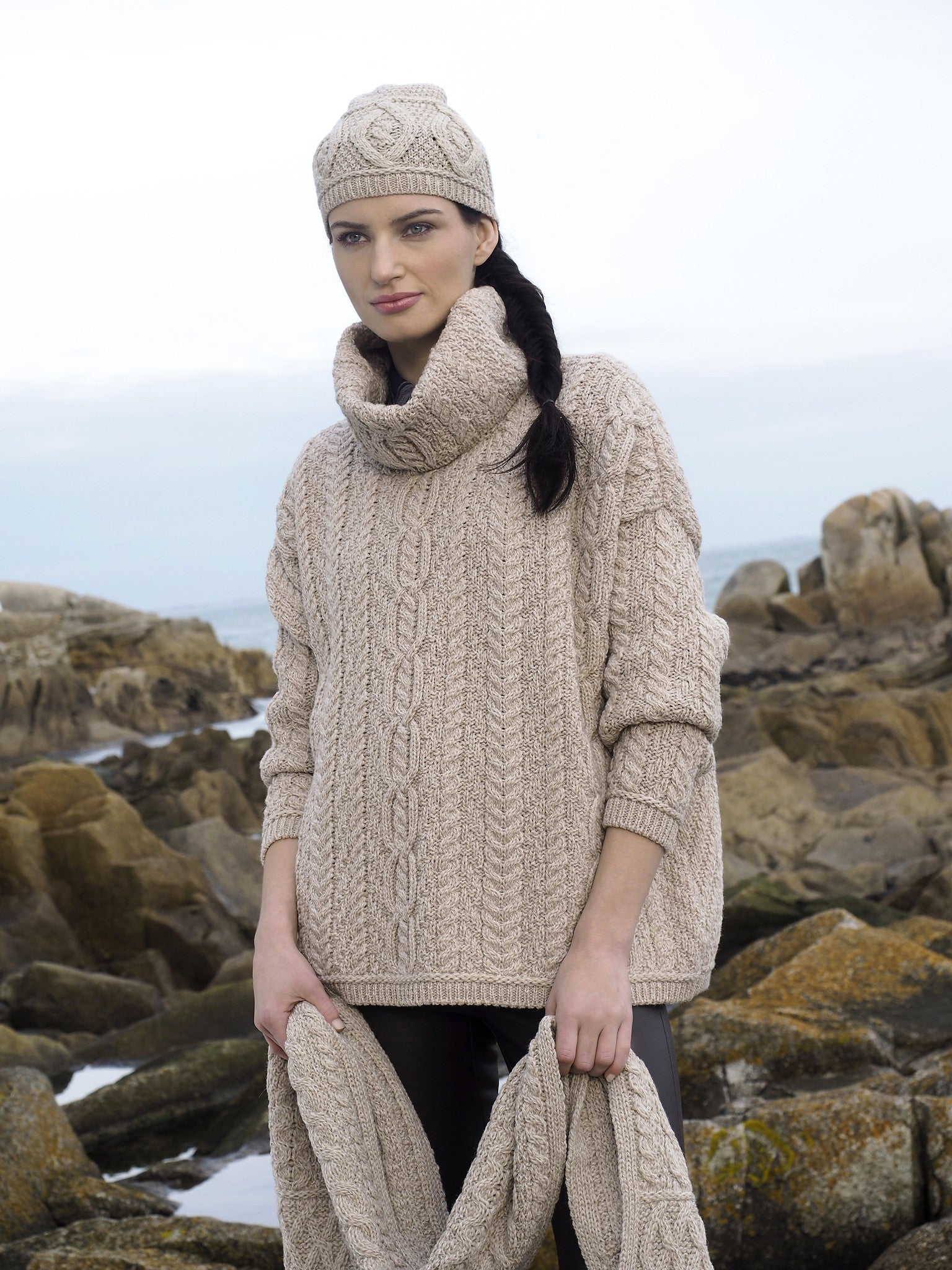 Women's Baggy Aran Sweater - Parsnip