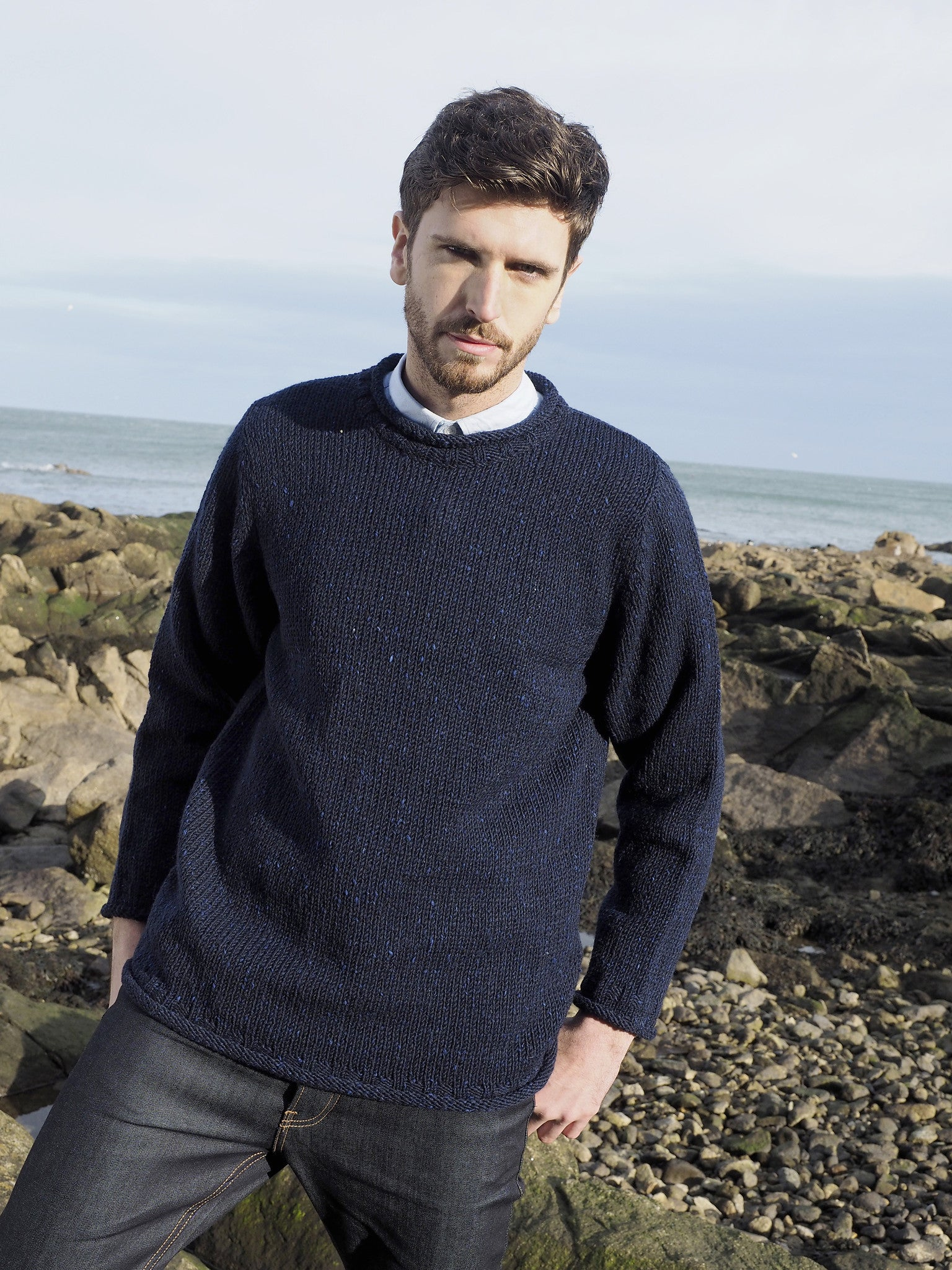 Men's Donegal Curl Neck Sweater - Navy