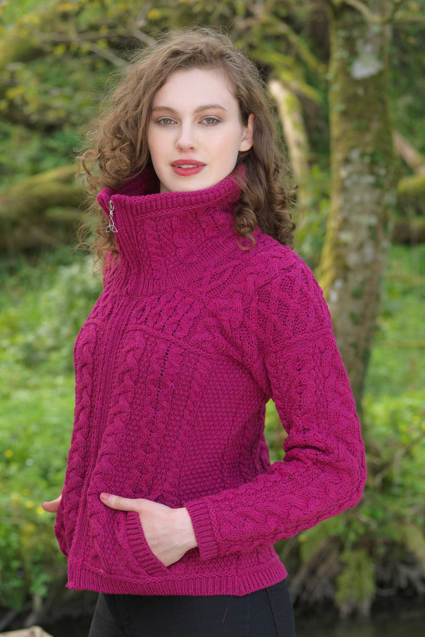 Women's Chunky Zip Aran Cardigan - Raspberry