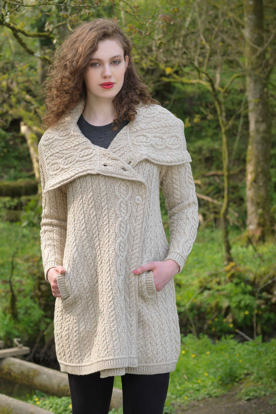 Women's Chunky Collar Aran Coat - Parsnip