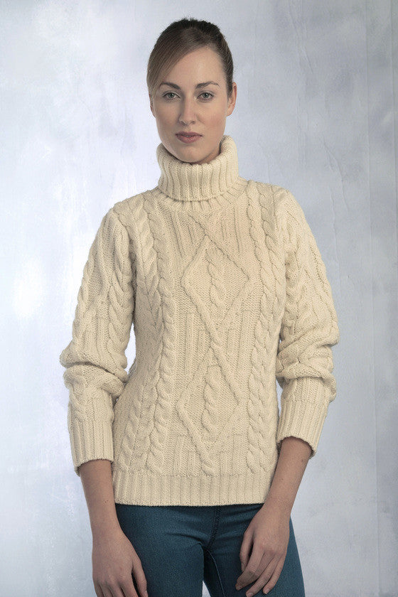 Women\u0027s Aran Turtleneck Sweater , Natural