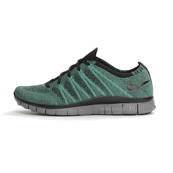 low priced 207db d15d9 Nike Free Flyknit NSW