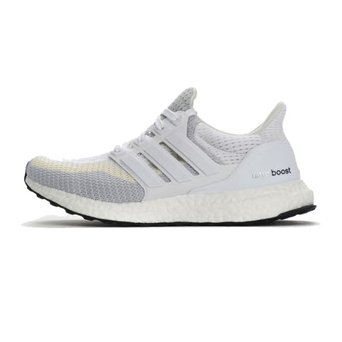 separation shoes 6e273 eafb1 adidas Ultra Boost 2.0 W