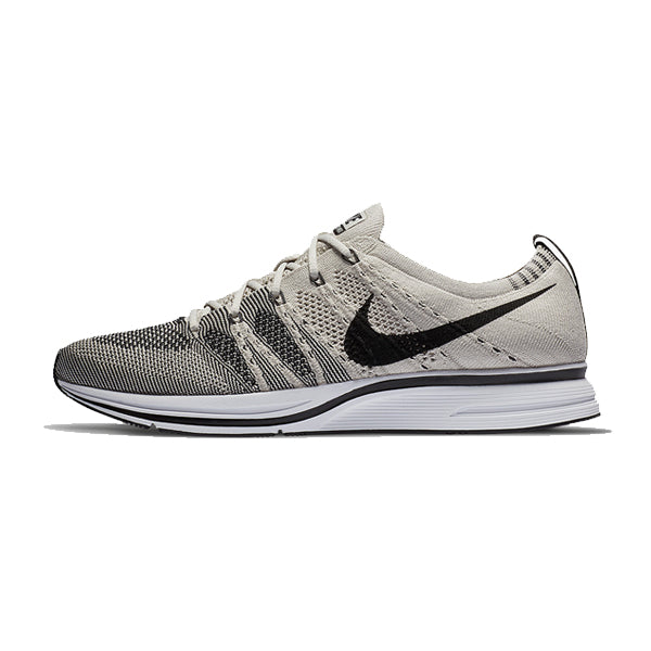 0ae0bcbe2fd0d Nike Flyknit Trainer 2017