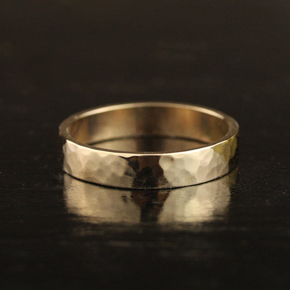 Mens 5mm Hammmered Flat Edge Wedding Band - 22k