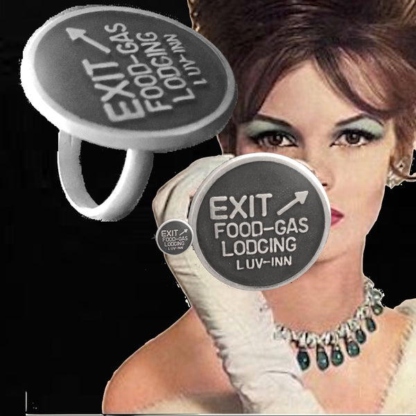 EXIT to  LUV-INN Gumball Ring