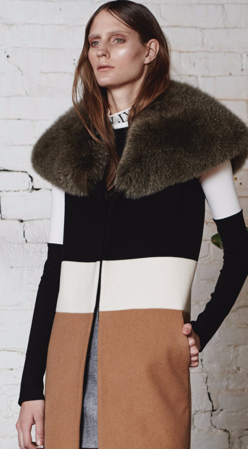 Monochrome Turtle-Neck Crop-Top