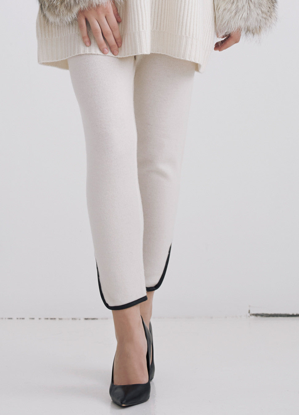 Cashmere pants with leather trim