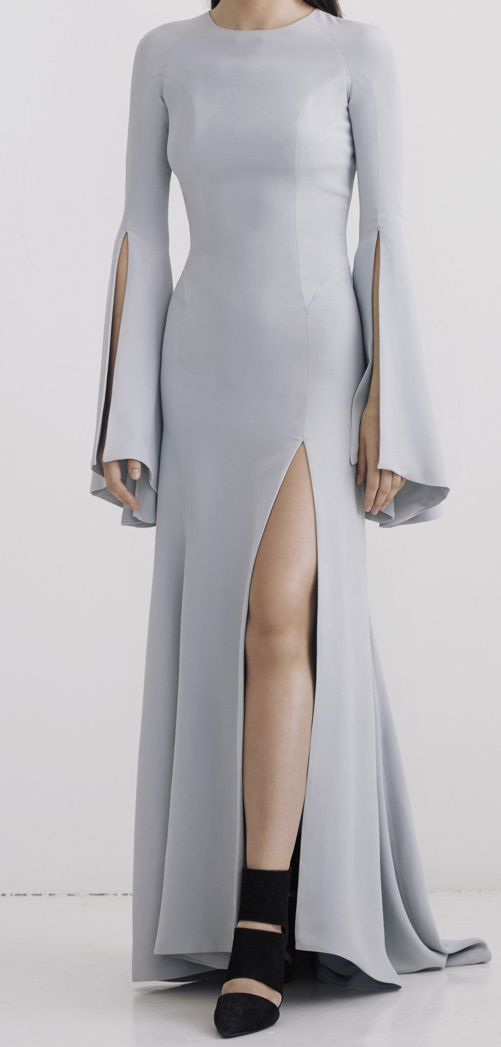 Grey Open-back silk gown with flared sleeves and slit