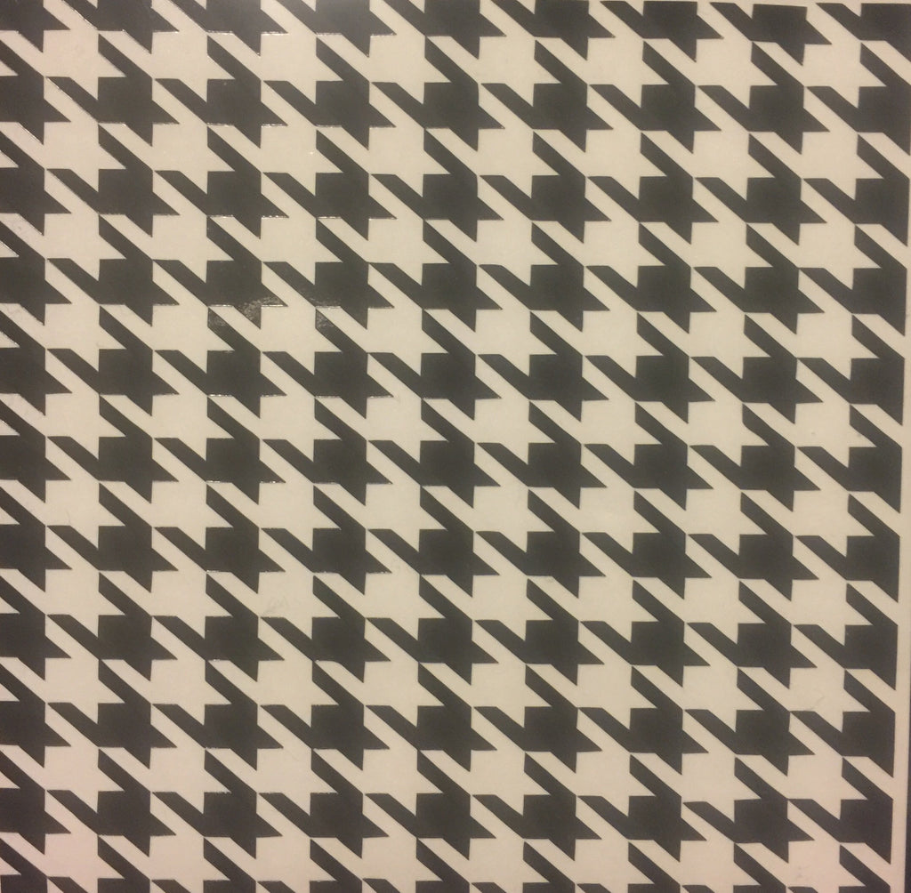 Multiple Houndstooth Print