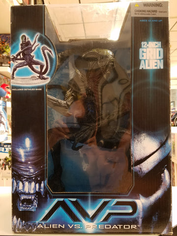 GRID Alien 12 inch figure Mc Farlane avp