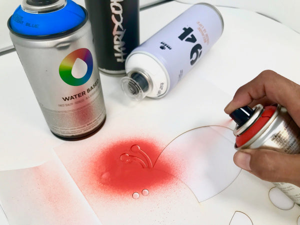 Spraying your Stencil Art