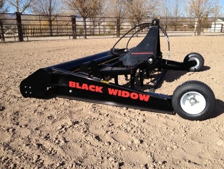 Black Widow Groomer Arena Drag