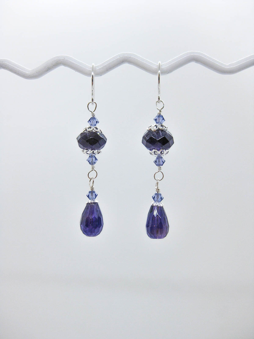 Dahlia: Amethyst Earrings, Med - e477m