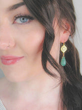 Load image into Gallery viewer, Blossom: Jade Earrings - e484