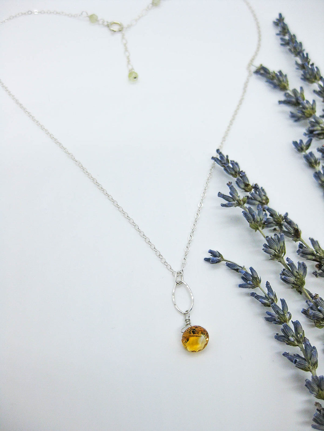 Chrysanthe: Citrine Necklace - n403