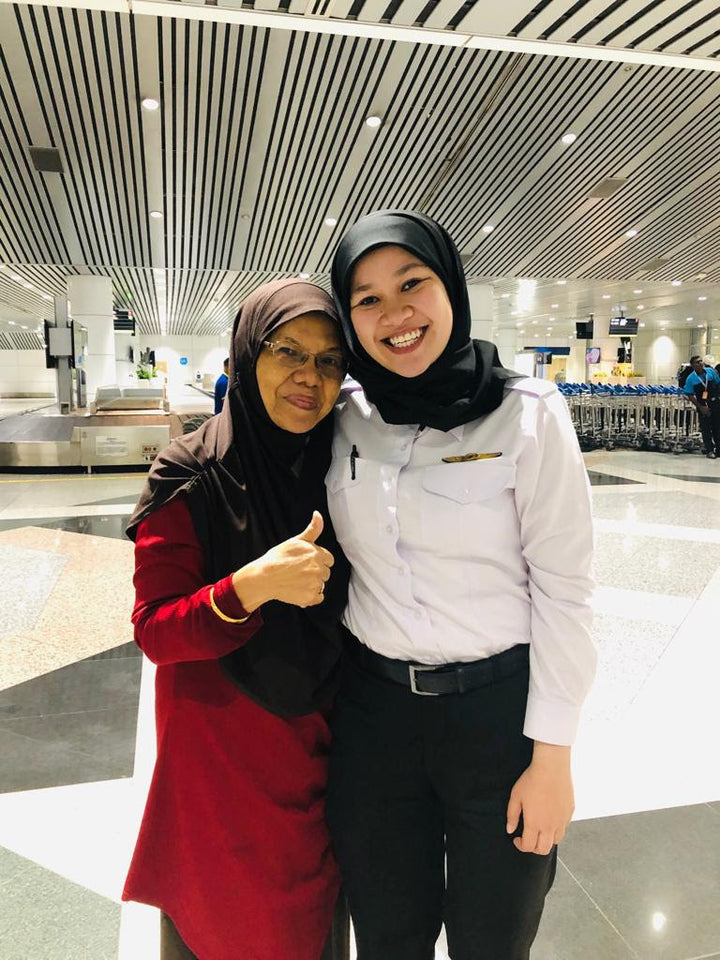 #ZAAHARATALK: The Flying Muslimah ✈️  -  Meet Captain Sofia, the girl behind the name of our signature Telekung Sofia