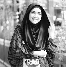 10 Famous Muslimah Bloggers in Indonesia