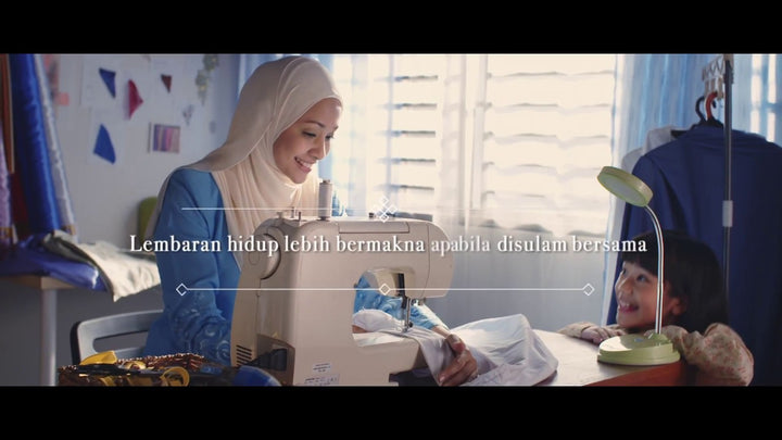 A powerful short film on how kindness should be - (Siti Khadijah and RHB collaboration)