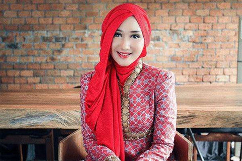 Dian Pelangi - Indonesian instafamous and designer