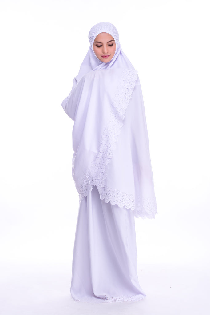 Telekung cotton putih dengan renda simple
