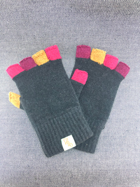 Fab Fagin fingerless gloves