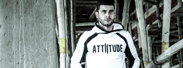 THE MUST-HAVE ATTIITUDE OVERLAP STYLE HOODIE
